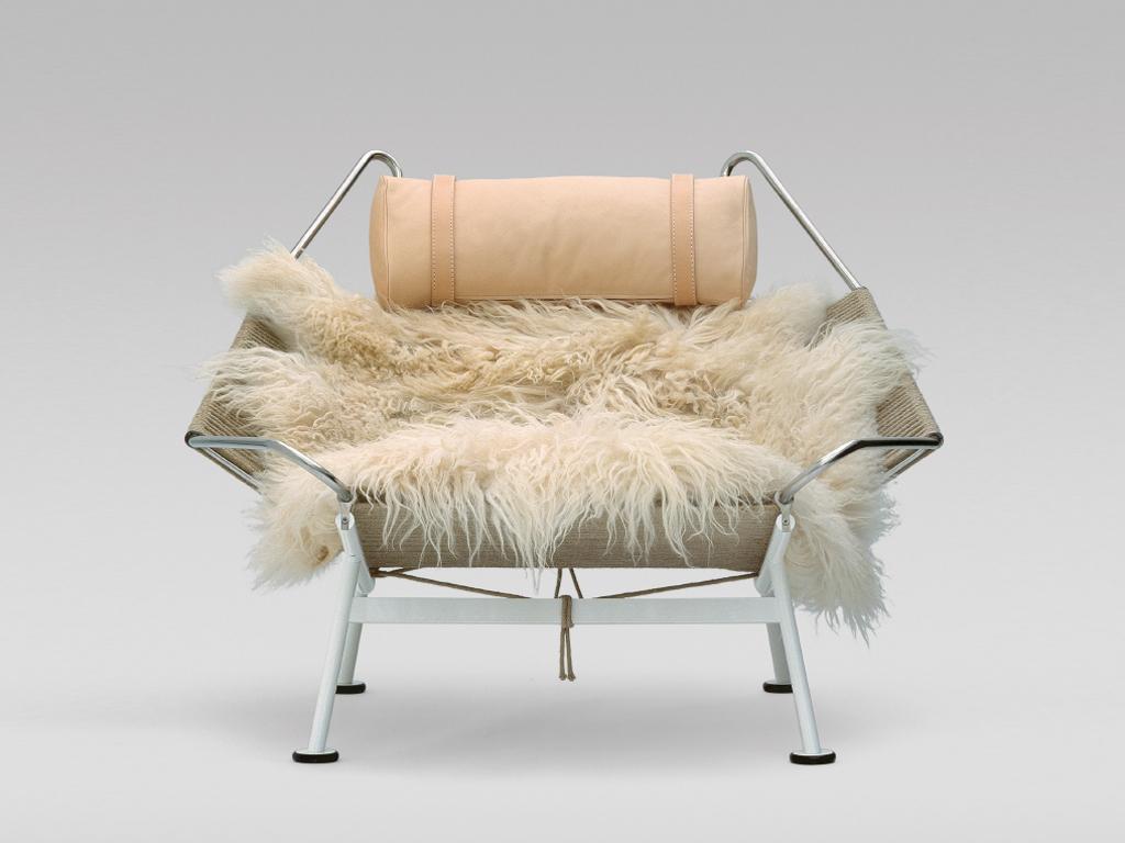 Der Stuhl Wird Seit 2002 Von PP Møbler In Dänemark Produziert. Er Kostet  Ca. 7.900u20ac.