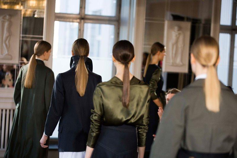 Wella Professionals als Haarpartner für René Storck beim DER BERLINER MODE SALON auf der Berlin Fashion Week am 19.1.2016. Foto: Gero Breloer für WELLA