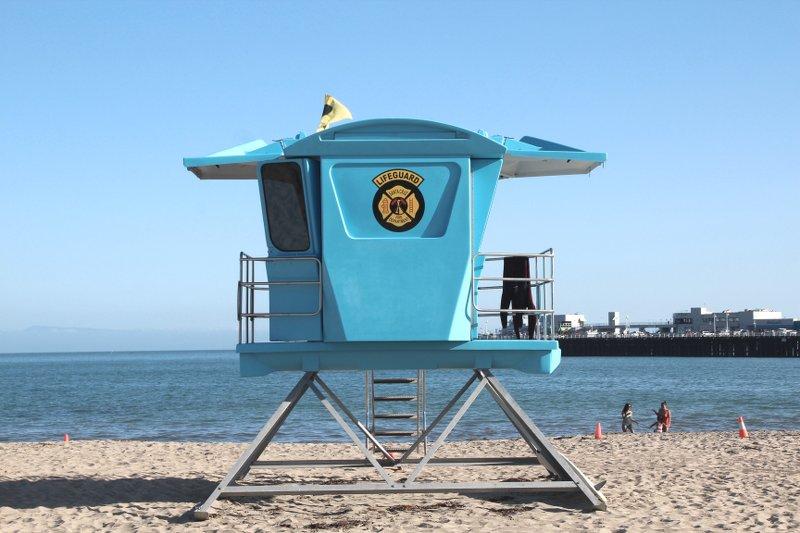 Surfers-Beach-santa-Cruz