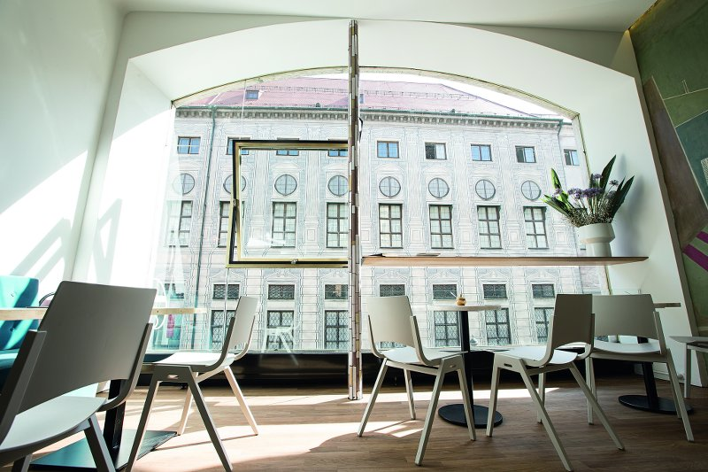 Restaurant und Café in München Residenzstrasse Stereo Café