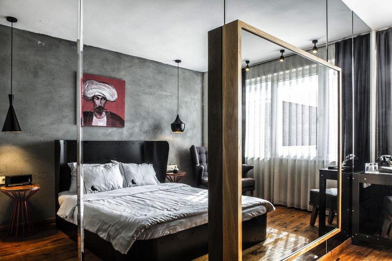 Sub-Istanbul-Hotel-Tip