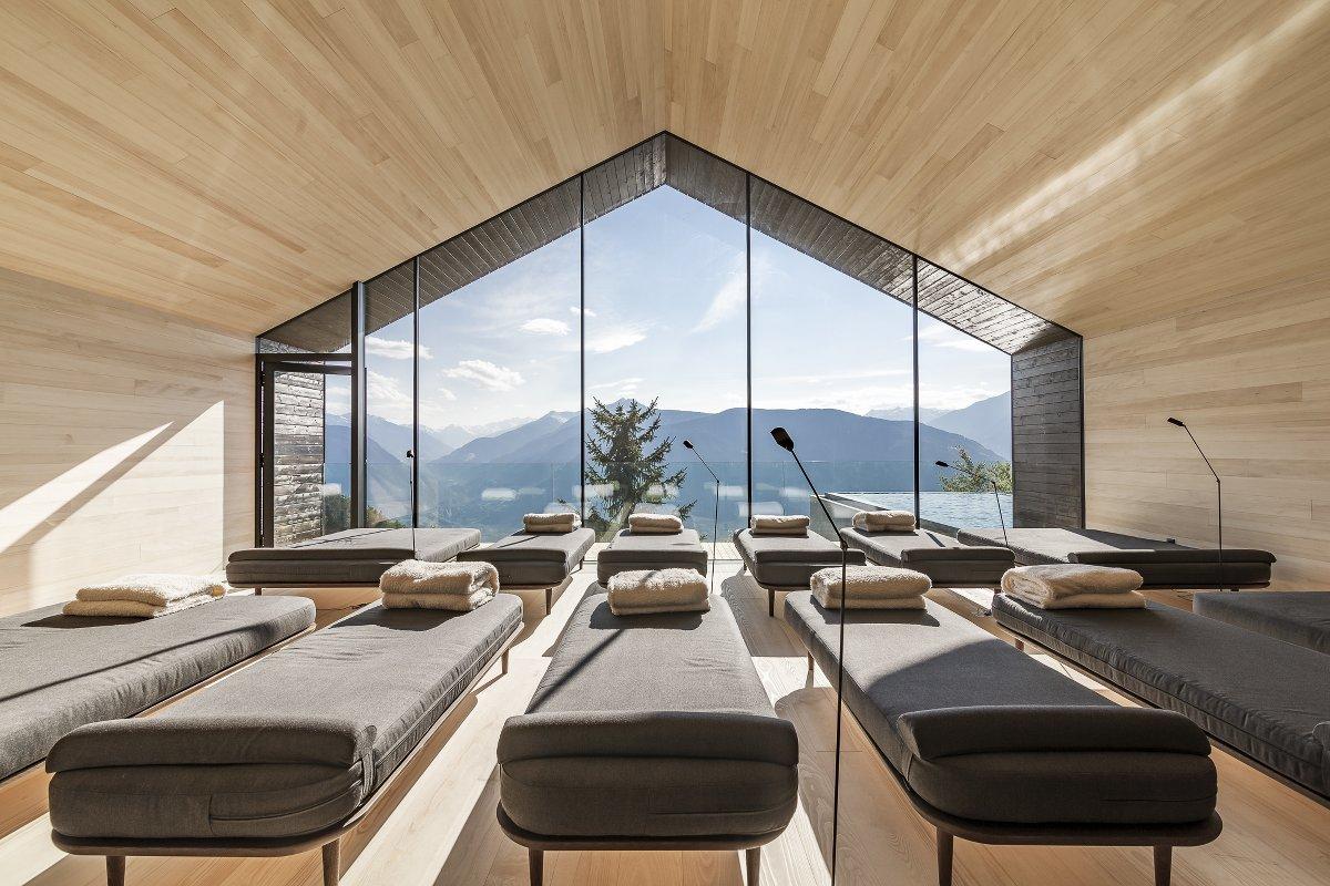 Miramonti, hotel, Hafling, Avelengo, Südtirol, southtyrol, Tyrol, Meran, Merano, bozen, Bolzano, White Line, James Bond, Infinity Pool, Merano 2000, Meran 2000, Sauna, View, pretty,