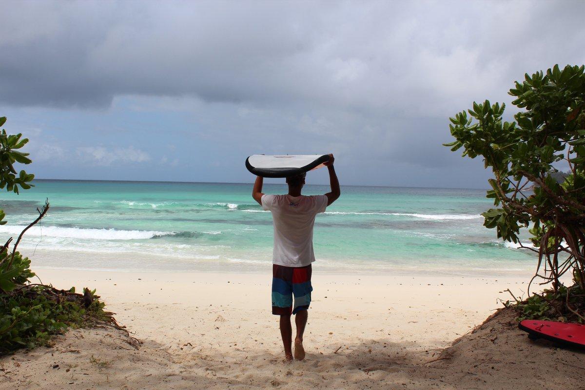 Isurf-Seychelles-Surfschool