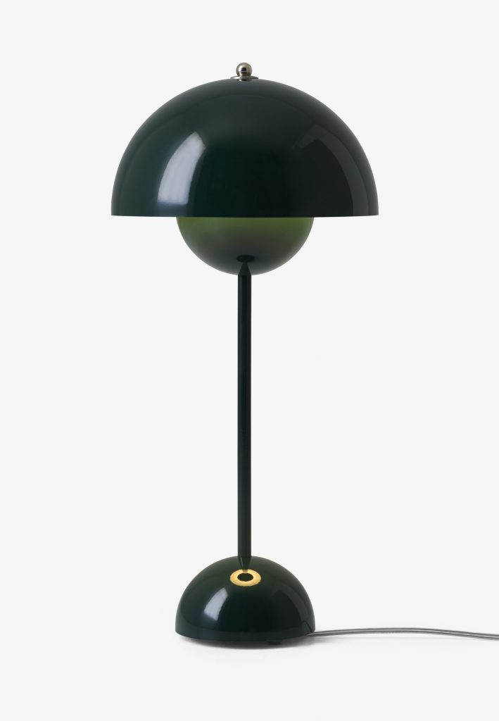 flowerpot-vp3-dark-green-light